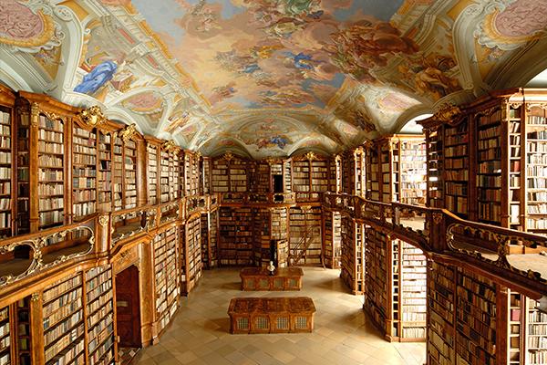 BIB 08 عکس های بسیار زیبا از زیبا ترین کتابخانه های اروپا