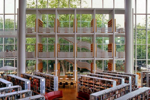 BIB 10 عکس های بسیار زیبا از زیبا ترین کتابخانه های اروپا
