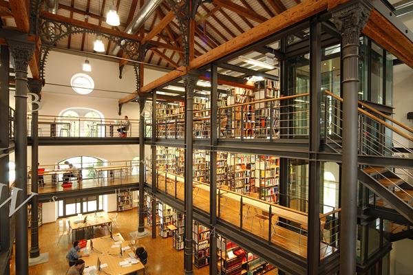 BIB 13 عکس های بسیار زیبا از زیبا ترین کتابخانه های اروپا