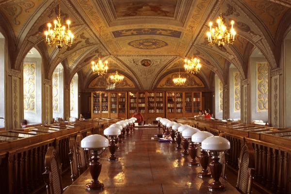 BIB 16 عکس های بسیار زیبا از زیبا ترین کتابخانه های اروپا