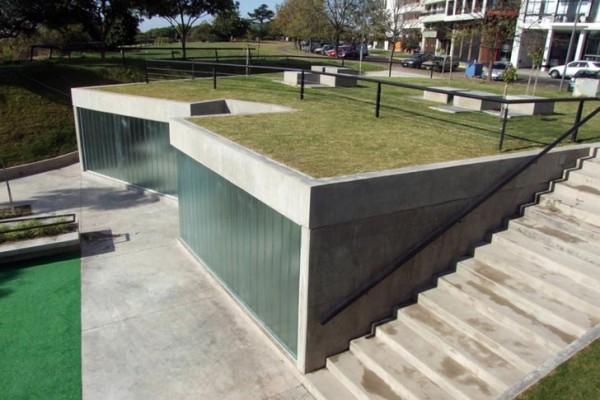 Diego Jobell Urquiza Park Green Roof Public Toilets 1 600x400 عكسهايي از دستشويي هاي عمومي در نقاط مختلف جهان