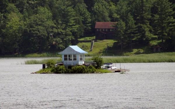 10 خانه اي كه در جزاير كوچك واقع شده اند خانه