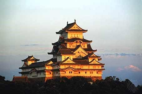 نمایی از قلعه سفید در ژاپن