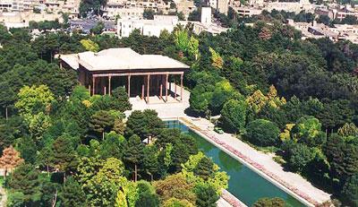 Iranian gardens - bagh-e Chehelsoton