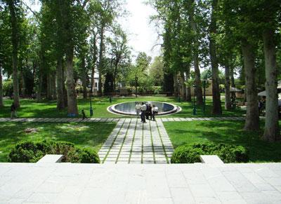 Iranian gardens - bagh-e Niavaran