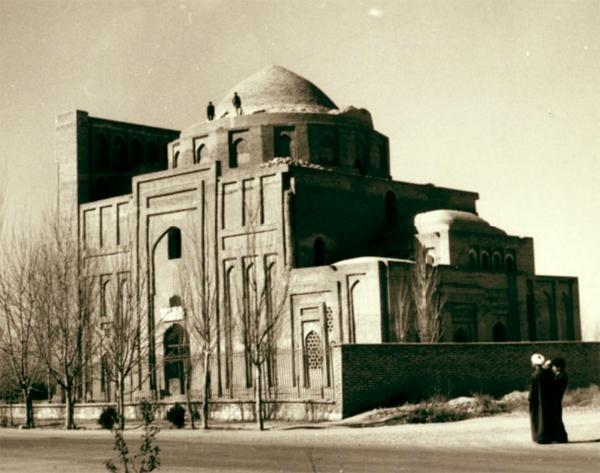 http://images.hamshahrionline.ir/images/2012/5/ghazali.jpg2.jpg