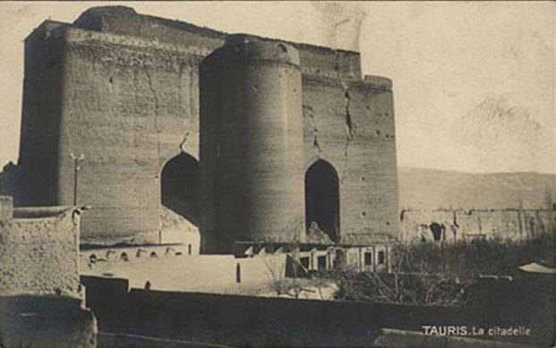 http://iran-bastan.persiangig.com/image/Azaebaijan/arg-alishah/arg-alishah-3.jpg