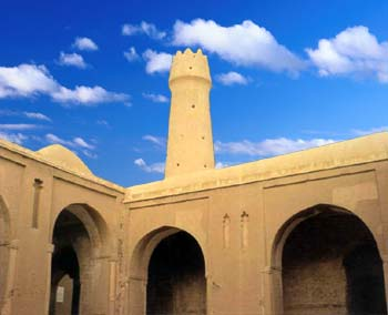 G:\j\معماری شیوه خراسانی\asa.khuisf.ac.ir\سبک خراسانی_files\fahraj_friday_mosque_1.jpg
